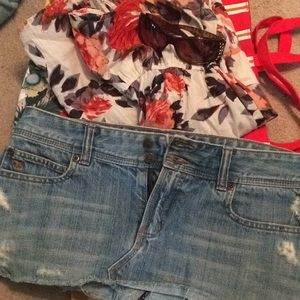 Abercrombie and Finch Jean skirt size 6